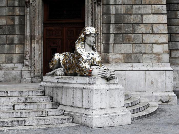 statue_20150102_opera