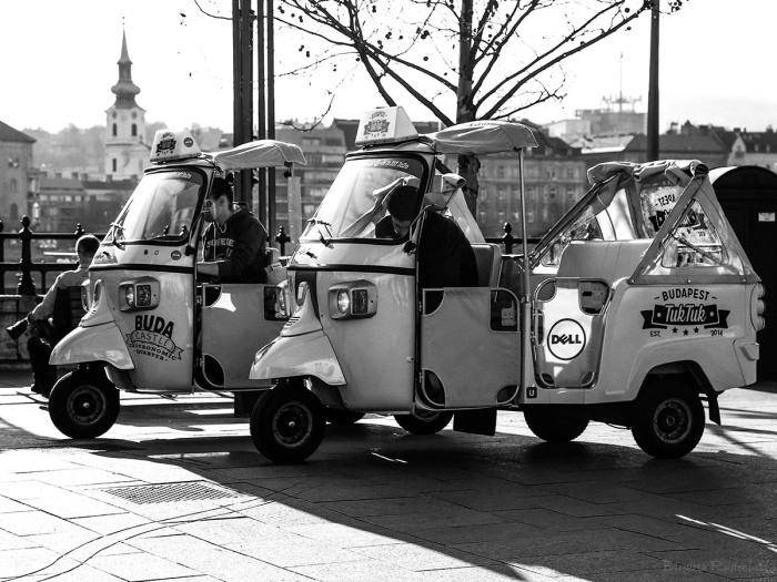 street_20150326_tuktuk